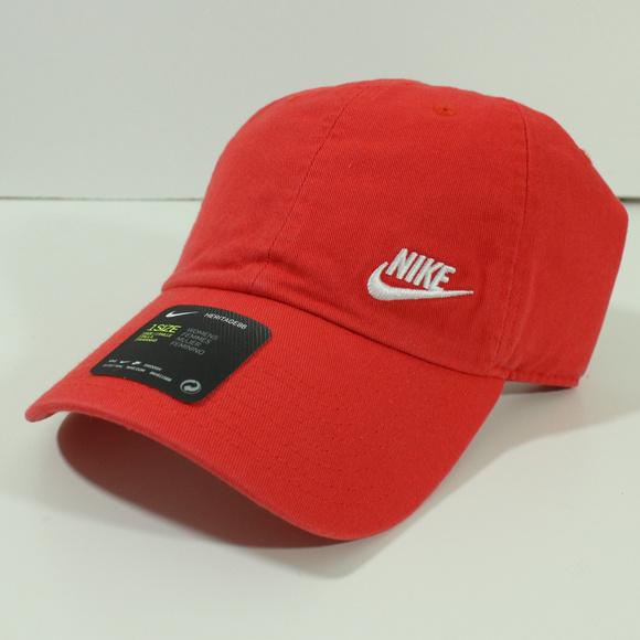 5458246f5b174 Nike Sportswear Heritage 86 Futura Womens Hat Cap